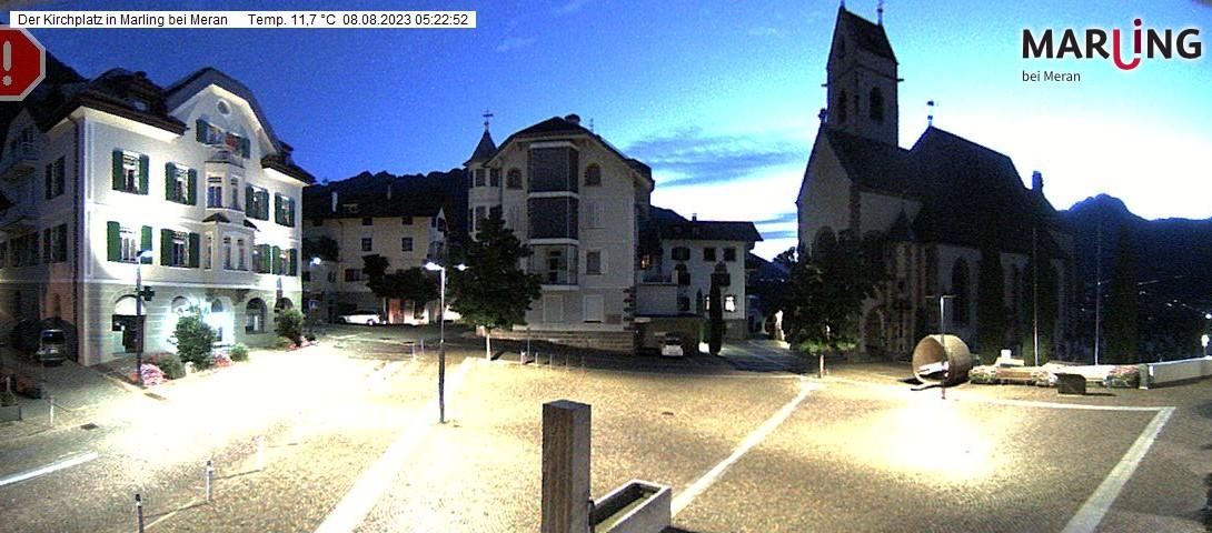 Marlengo Piazza Chiesa
